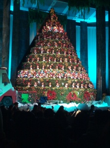 A real life choir within a Christmas Tree. Thanks for the gift of music!